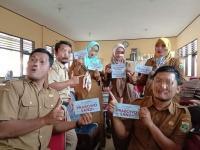6 Guru Dipecat karena Pose Dengan Stiker Prabowo Ditanggapi Bupati Tangerang