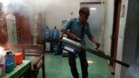 Caleg Perindo Fogging Permukiman Warga di Pemalang untuk Cegah DBD