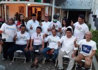 Sambut Kemenangan, Relawan Jokowi di Surabaya Gunduli Kepala
