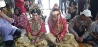Pria Ini Terpaksa Menikah Dalam Sel Tahanan Usai Menolong Calon Mertua