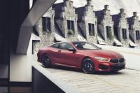 Orang Tajir Beli BMW Seri 8 Seharga Rp3,7 Miliar Harus Tunggu 6 Bulan