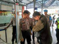 Jelang Aksi 22 Mei, Polisi Pasang Alat Metal Detector di Stasiun Kereta