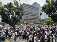 Kostrad Amankan Aksi 22 Mei di Bawaslu, Massa: Tentara Bersama Rakyat, Allahu Akbar!
