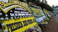 Karangan Bunga Berjajar di Pemakaman Ustadz Arifin Ilham, dari Jokowi hingga Anies Baswedan