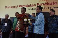 Mentan Amran Semangati Saudagar Bugis Makassar