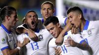 Dani Alves Enggan Berpikir Jauh meski Bidik Piala Dunia 2022