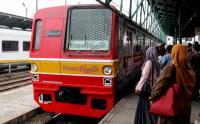Perjalanan KRL Kembali Terganggu Imbas Adanya Perawatan Prasarana di Stasiun Manggarai