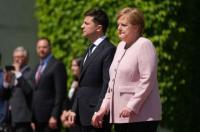 Kanselir Jerman Angela Merkel Baik-Baik Saja Setelah Kejang saat Upacara