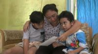 Ditahan Pemerintah Tiongkok, Istri Kapten Juliantono Terisak Menanti Kabar Suaminya