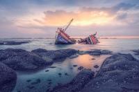 Kapal Penangkap Ikan Tenggelam di Perairan Laut Karang Sembilan