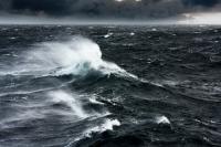 Gelombang Setinggi 7 Meter Diperkirakan Terjadi di Pantai Selatan Yogyakarta