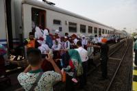 Peringati Hari Anak Nasional, PT KAI Mengenalkan Kereta Api ke Anak SD