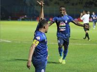 Arema FC Taklukkan Barito Putera 2-1
