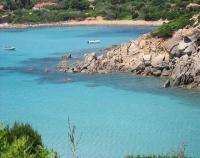 Ambil Pasir dari Pulau Sardinia, Dua Warga Prancis Terancam 6 Tahun Penjara