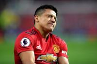 Sebut sebagai Bencana Utama Man United, Neville: Sanchez Harus Dijual
