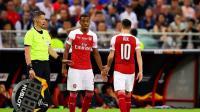 Jelang Liverpool vs Arsenal, Ozil Beri Saran ke Willock dan Nelson