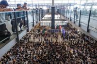 Bandara Hong Kong Jadi Target Demonstran Pekan Ini