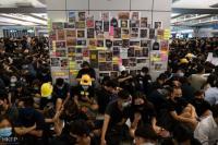 Demo Hong Kong Buat Sejumlah Stasiun Kereta Ditutup