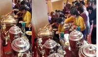 Viral Emak-Emak Ketahuan Bungkus Makanan Pesta Sambil Marah-Marah