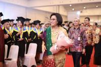 Wisuda 4.436 Mahasiswa PKN STAN, Sri Mulyani: Jangan Berhenti Belajar dan Berpuas Diri