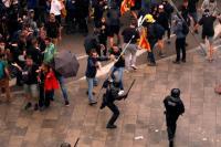 Pemimpin Catalunya Ditangkap, Pedemo Serbu Kantor Pemerintah di Barcelona
