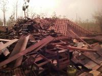 Hujan Disertai Angin Kencang Terjang Bojonegoro, 1 Warga Tertimpa Bangunan Rumah