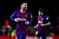 Abidal Yakin Messi Perpanjang Kontrak di Barcelona