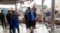 Gedung Aula Sekolah Ambruk Diterjang Hujan Badai, Sejumlah Siswa Patah Tulang