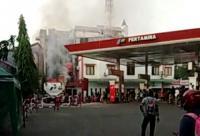 SPBU Terbakar saat Mobil Tangki Isi BBM