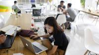 Kuliah Jarak Jauh Buat Mahasiswa Manfaatkan Teknologi