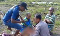 Viral Polisi di Bojonegoro Bantu Warga Melahirkan di Tengah Hutan