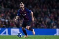 Valverde Beri Isyarat Pertahankan Rakitic di Barcelona
