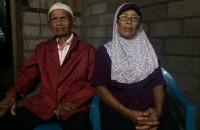 Cerita Cinta Kakek-Nenek Menikah di Usia Senja
