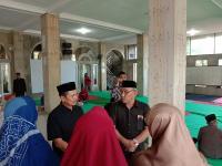 Wali Kota Depok Pimpin Salat Jenazah Korban Kecelakaan Bus di Subang