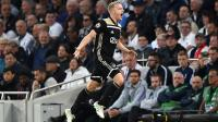 Van de Beek Bantah Kabar Dirinya Gabung Real Madrid