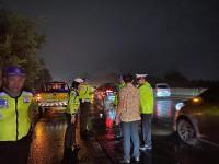 Warga Tewas Tertabrak saat Menyeberang di Tol Padaleunyi