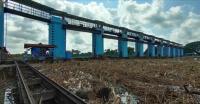 Sempat Banjir, Bendungan Wilalung Kudus Kini Dipenuhi Tumpukan Sampah