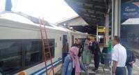 Kereta Api Daop 3 Cirebon Alami Keterlambatan Imbas Banjir Jakarta