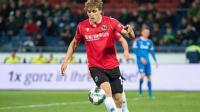 Bek Hannover 96 Jadi Pesepakbola Profesional Pertama Terjangkit Virus Korona