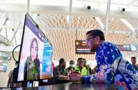 Gubernur Minta Bupati & Wali Kota Beri Akses Informasi Covid-19 untuk Warga Sulsel