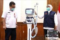Pemprov Jatim Terima Bantuan Puluhan Alat Medis untuk Tangani Pasien Corona