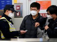 China Mengatasi Penyebaran Virus Corona dengan Melacak Penduduk Melalui HP