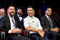 Kaka Lebih Pilih Messi ketimbang Ronaldo