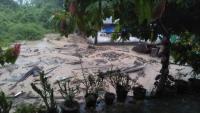 Longsor dan Banjir Bandang Timbun 2 Warga di Tanah Datar