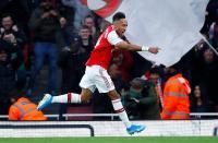 Sagna Desak Arsenal Tak Lepas Aubameyang