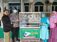 Anggota Brimob Buat Gerobak Makanan Gratis Bantu Warga Terdampak Covid-19