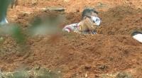 Viral Polisi Gali Kuburan untuk Jenazah Korban Covid-19 di Sumsel