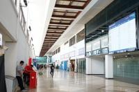 Arus Balik, Suasana Bandara Juanda Lengang