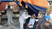 Ada Pasien Positif Covid-19, Warga Satu Kampung di Tasikmalaya Jalani Tes Swab