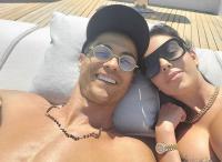 Georgina Rodriguez Pamer Cincin di Jari Manis, Tanda Telah Dilamar Ronaldo?
